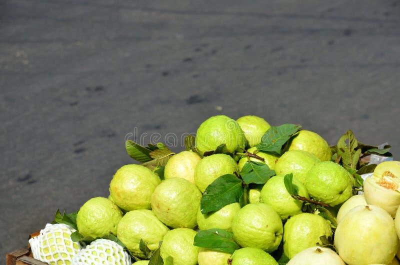 Pila di limoni immagini stock libere da diritti