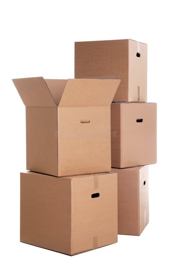 Pila di scatole di cartone isolate fotografia stock libera da diritti