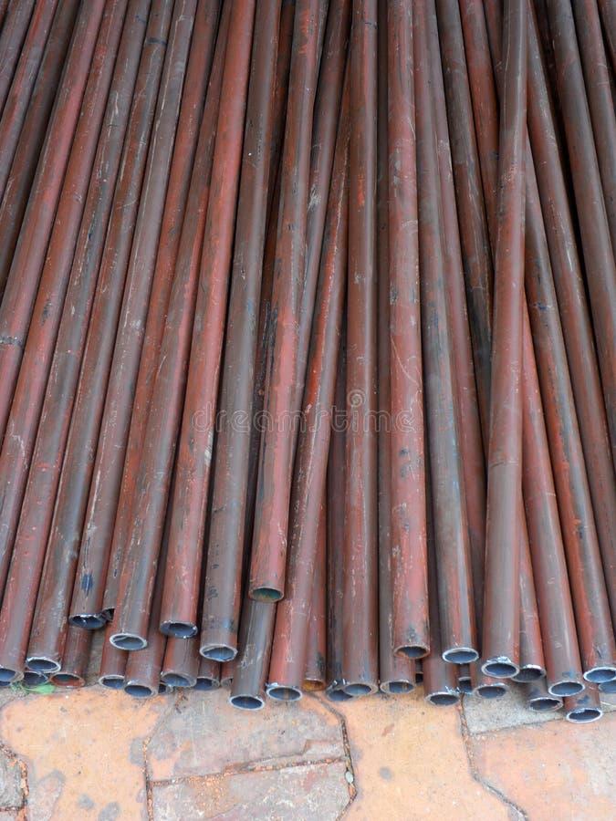 Pila di tubi d'acciaio immagine stock libera da diritti
