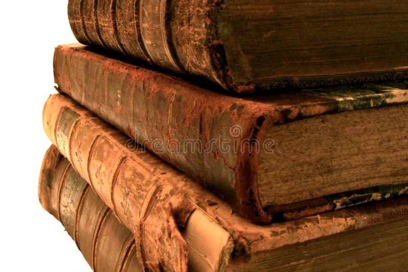 Pila di vecchi libri. fotografia stock libera da diritti