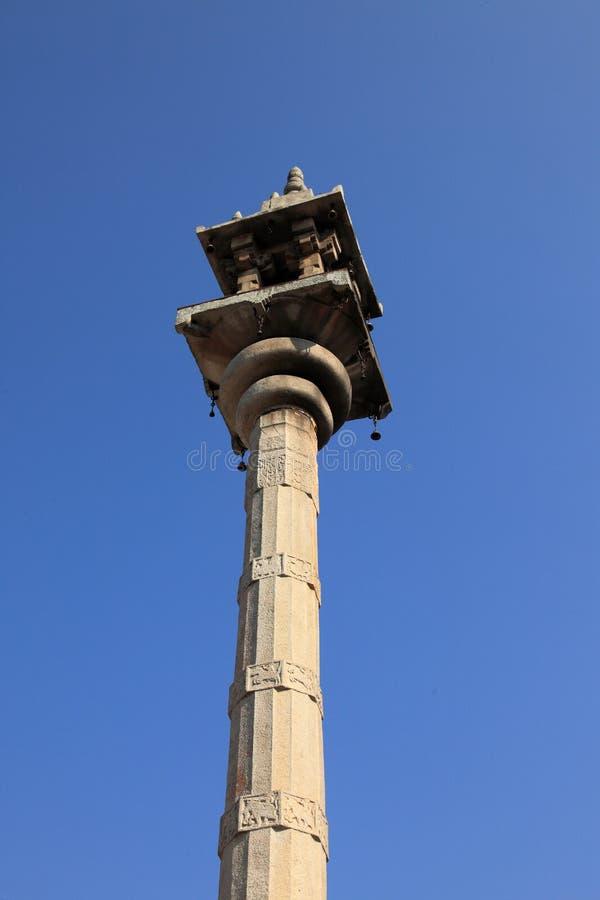 Pilar de piedra de la religión Jain imágenes de archivo libres de regalías