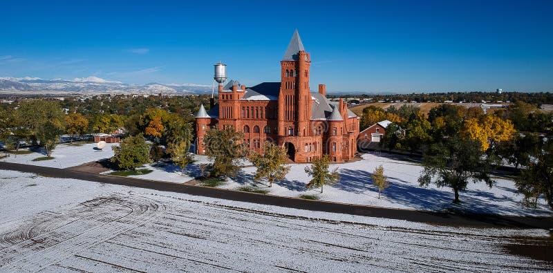 Pilar del edificio del fuego en Westminster Colorado fotografía de archivo
