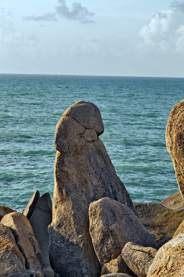 Pilar formado roca Koh Samui, Tailandia foto de archivo
