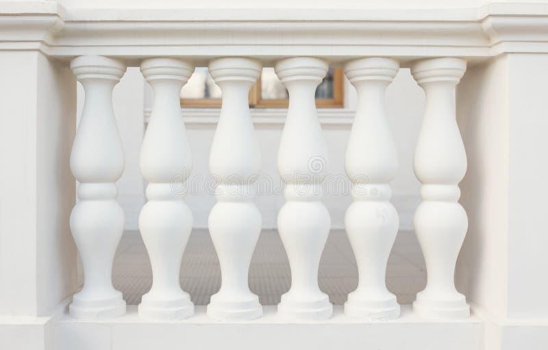 Pilares de la barandilla foto de archivo libre de regalías