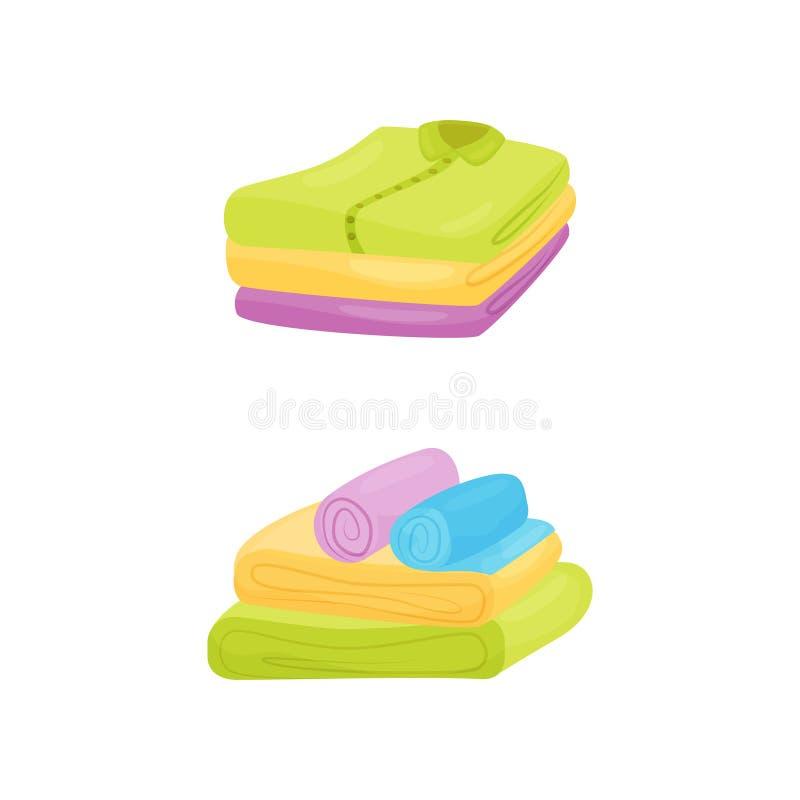 Pilas de camisas y de toallas cuidadosamente dobladas Limpie el lavadero Diseño plano del vector de la historieta ilustración del vector