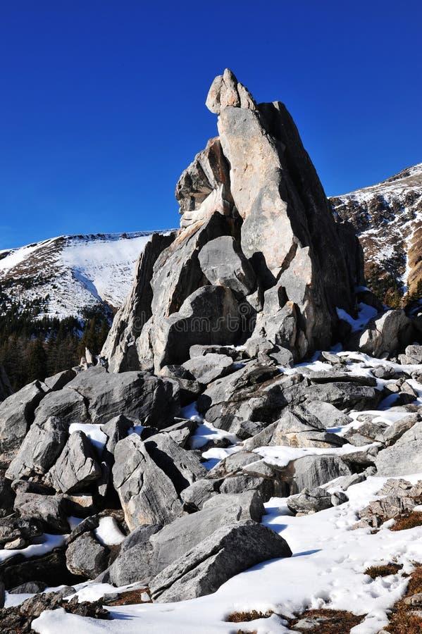 Download Pilas Y Montañas De La Roca Foto de archivo - Imagen de área, hermoso: 7282416