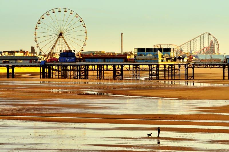 Pilastro centrale, Blackpool. L'Inghilterra, a bassa marea fotografia stock