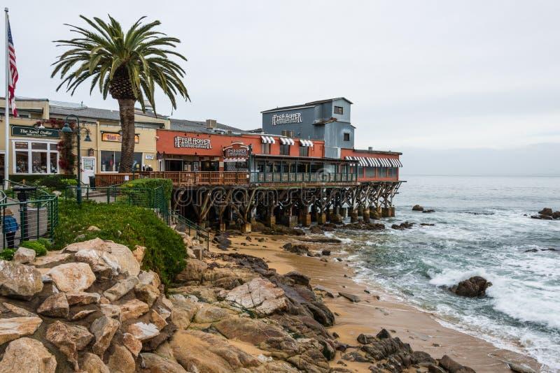 Pilastro di fila del conservificio, spiaggia, baia California di Monterey fotografia stock