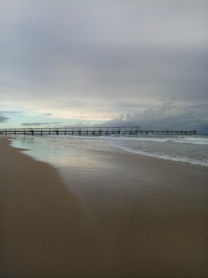 Pilastro di pesca della Gold Coast immagini stock