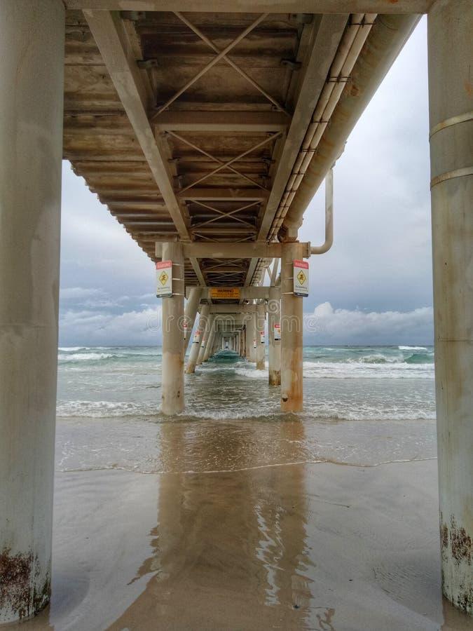 Pilastro di pesca della Gold Coast fotografia stock