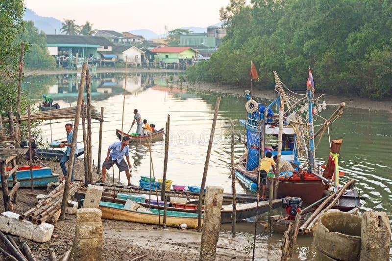 Pilastro di Ranong, da pesca in Tailandia immagini stock