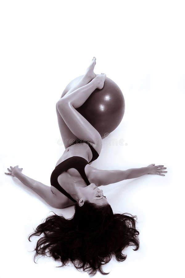 pilates шарика стоковое изображение