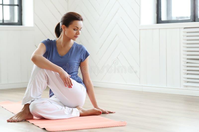 Pilates στοκ φωτογραφία με δικαίωμα ελεύθερης χρήσης