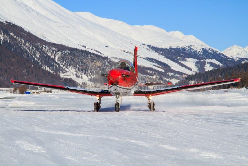 Pilatus PC-7 van de Zwitserse Luchtmacht stock foto's