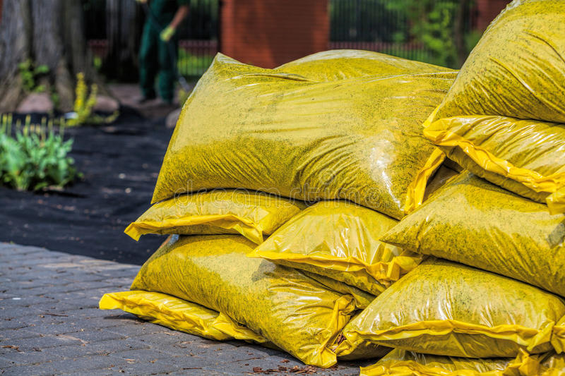 Download Pile Of Compost To Fertilize Stock Photo - Image: 31709400