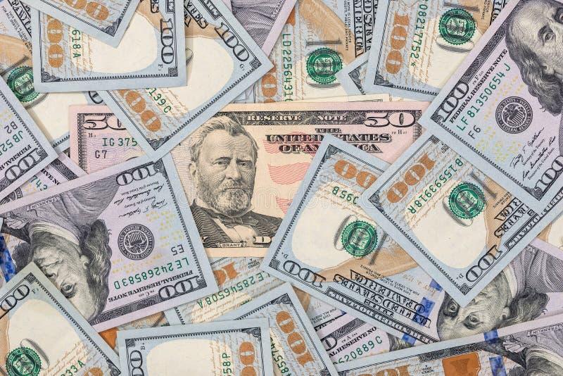 Pile de $100 billets d'un dollar images stock