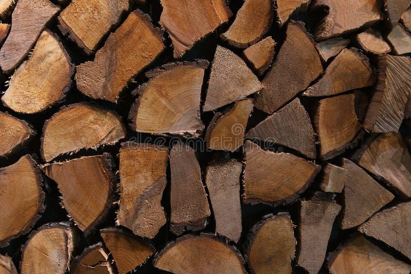 Pile de bois coup? Fond abattu de bois de construction images stock