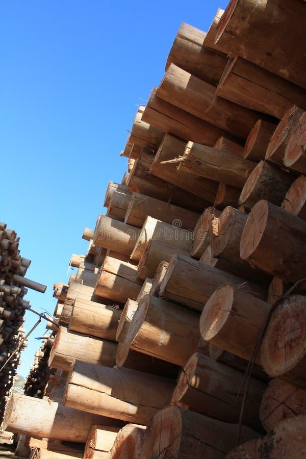 Pile de bois de construction images libres de droits