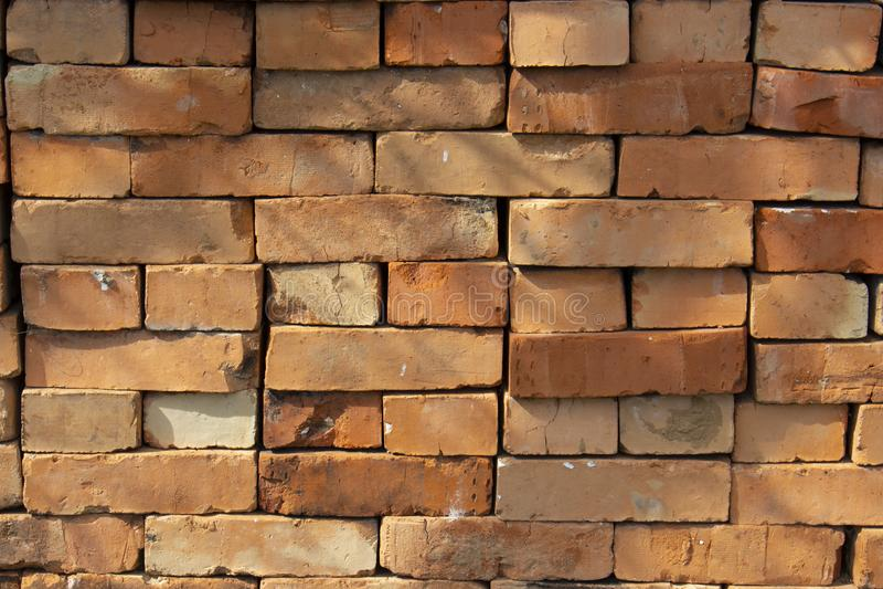 Pile de brique rouge, mod?le de texture de fond Une pile de mat?riel de briques pour la construction photos libres de droits