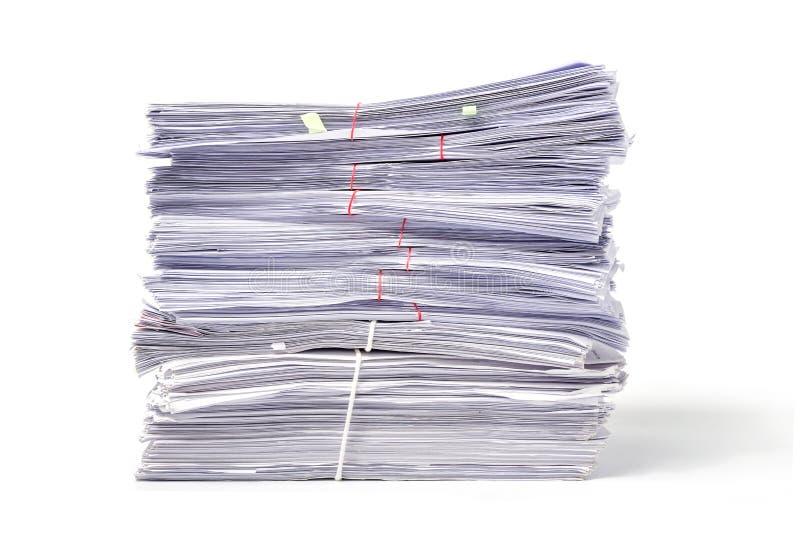 Download Pile De Documents D'isolement Sur Le Blanc Photo stock - Image du note, données: 77151348