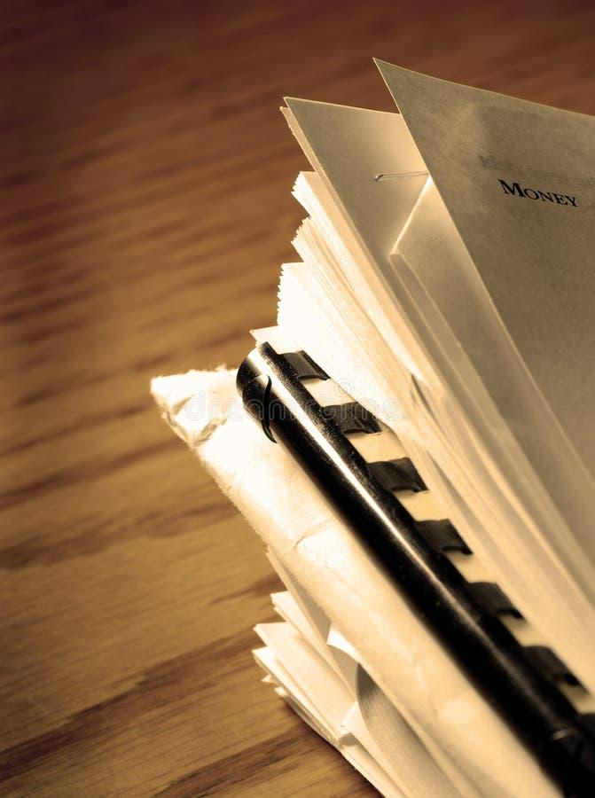Pile de fichiers et de papiers photographie stock