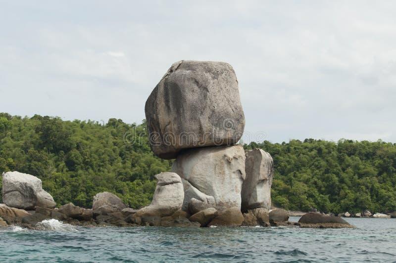 Pile de grande pierre naturelle photographie stock