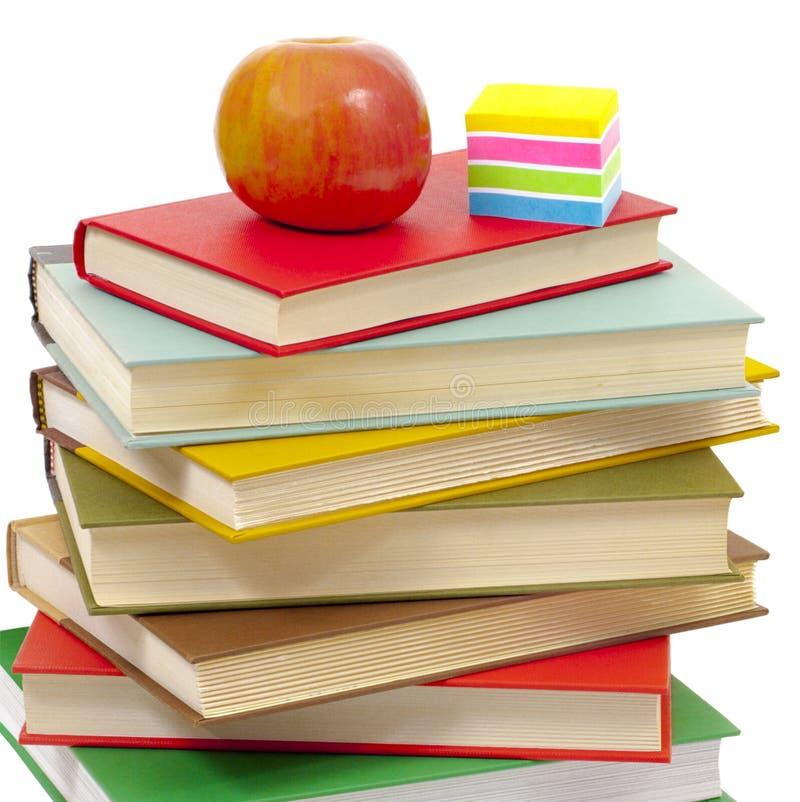 Pile de manuels d'école images stock