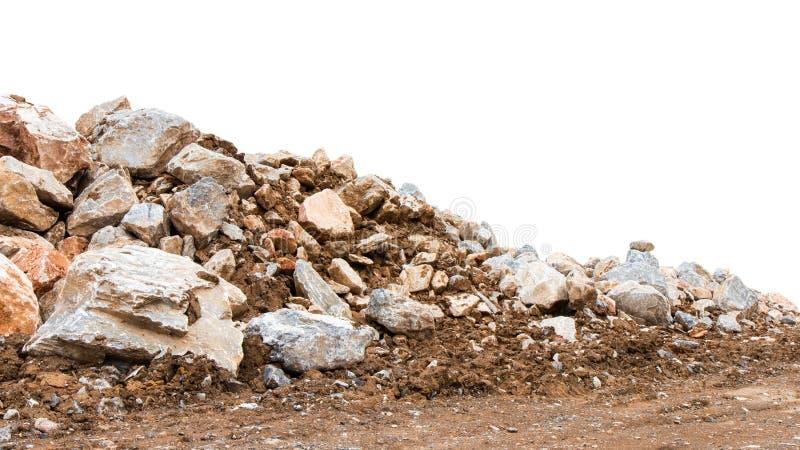 Pile de montagne d'isolat de diverses roches photographie stock