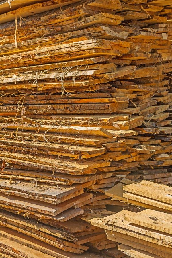Download Pile de panneaux en bois image stock. Image du construction - 45363443