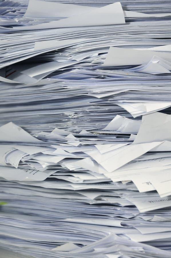 Pile de papiers d'affaires photos libres de droits