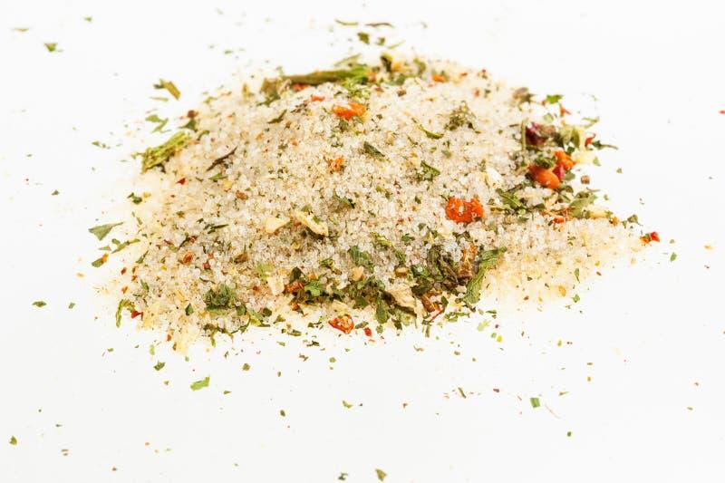 pile de sel chevronné avec les légumes secs photographie stock libre de droits