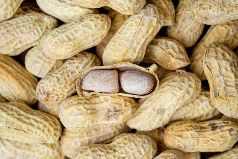 Pile des arachides images stock