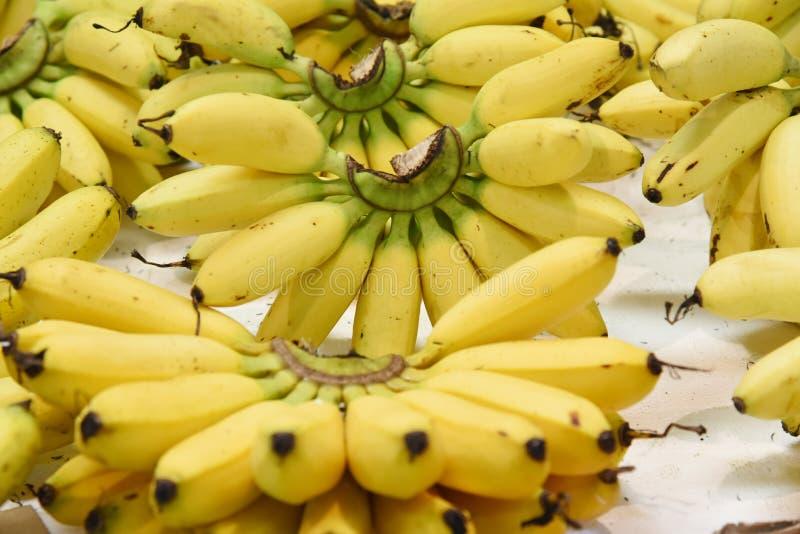 Pile des bananes fraîches images stock