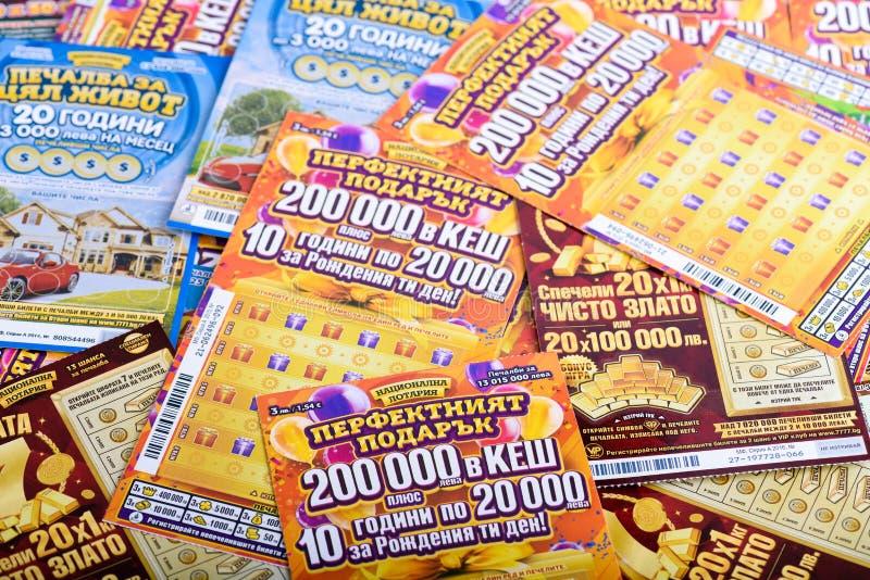 Pile des billets de loterie nationaux bulgares image libre de droits