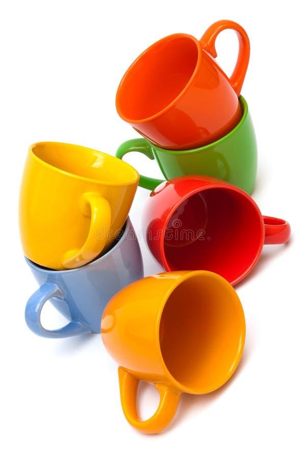 Pile des cuvettes de café images stock
