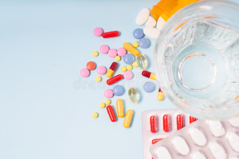 Pile des pilules photos libres de droits