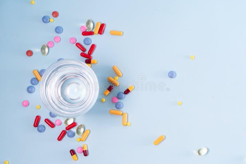 Pile des pilules images libres de droits