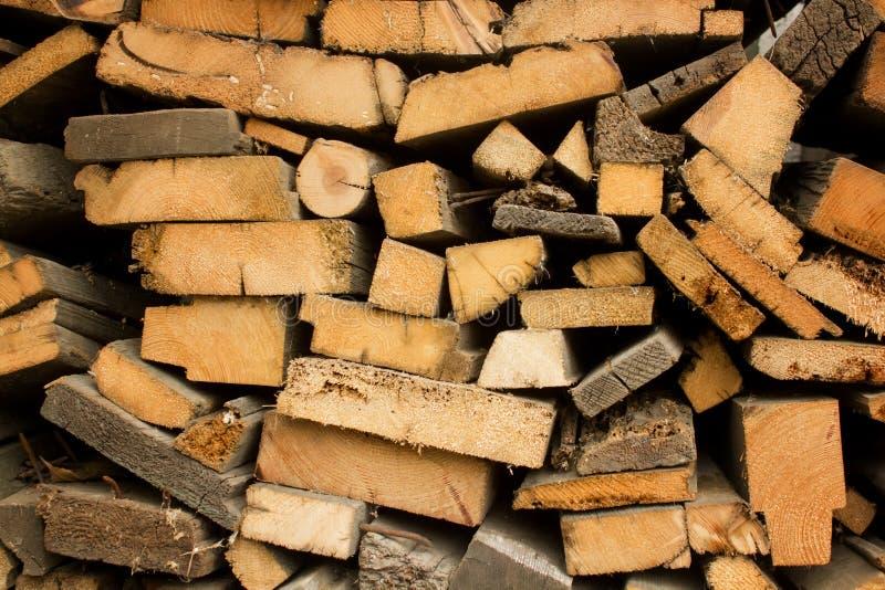 Pile des rondins en bois image libre de droits
