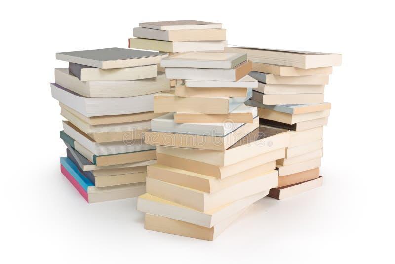 Pile di libri isolati fotografia stock libera da diritti