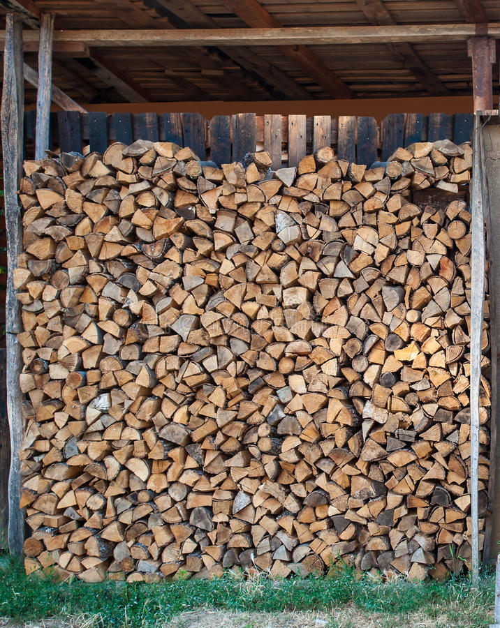 Pile disposée de bois photos libres de droits