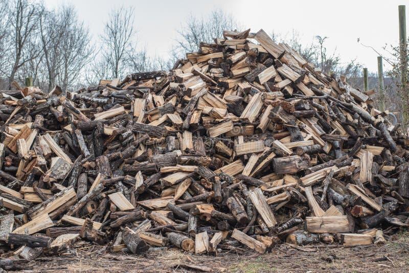 Pile en bois d'incendie photos libres de droits