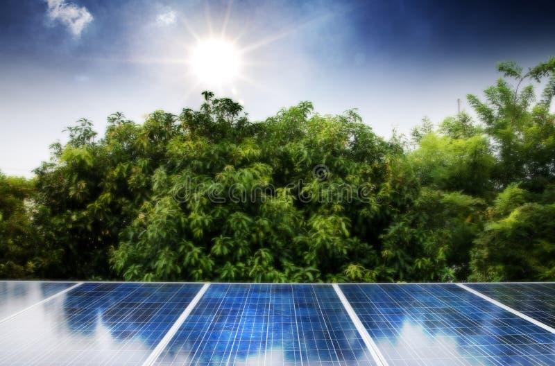 Pile solari fotografia stock
