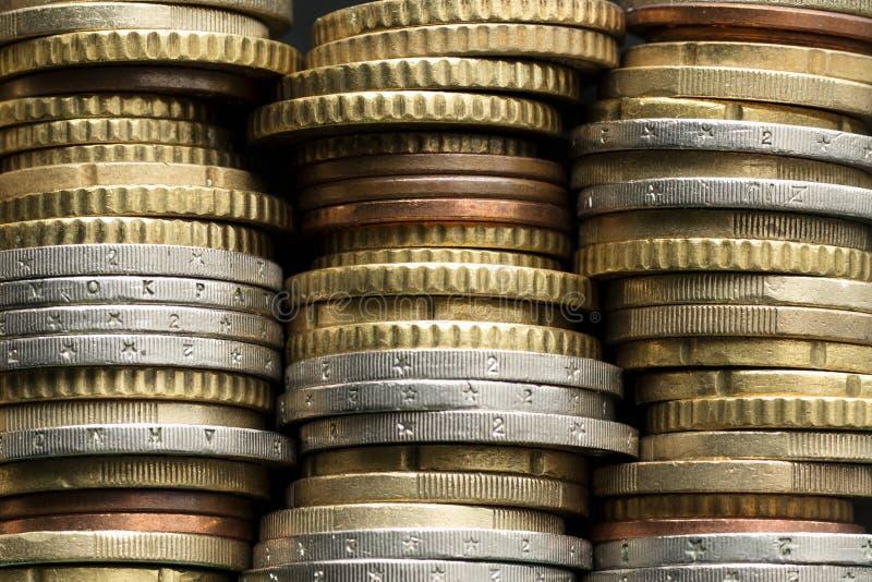 Piles d'euro pièces de monnaie image stock