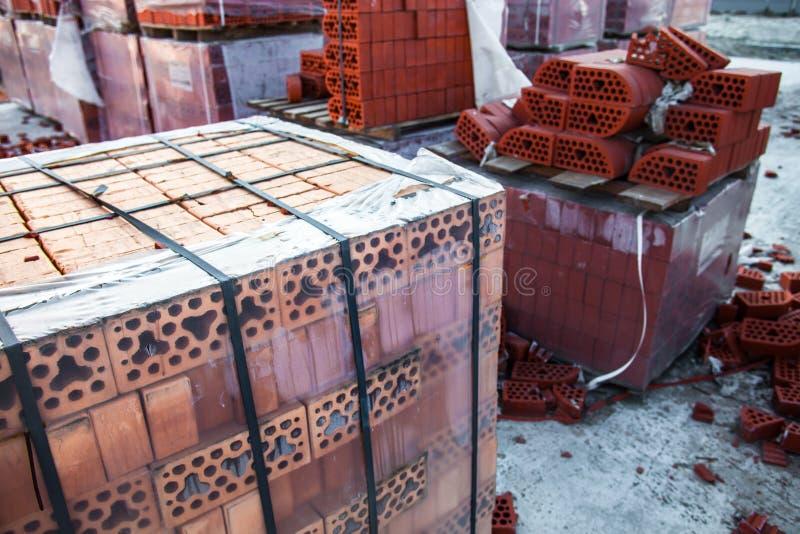 Piles de briques de silicate photos libres de droits