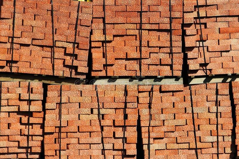 Piles de briques rouges images libres de droits