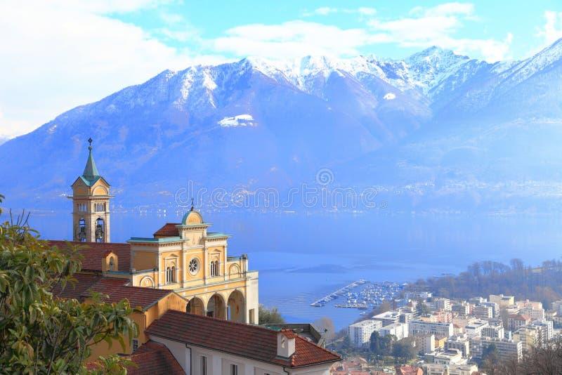 Pilgerfahrtkirche am See Locarno lizenzfreie stockfotografie