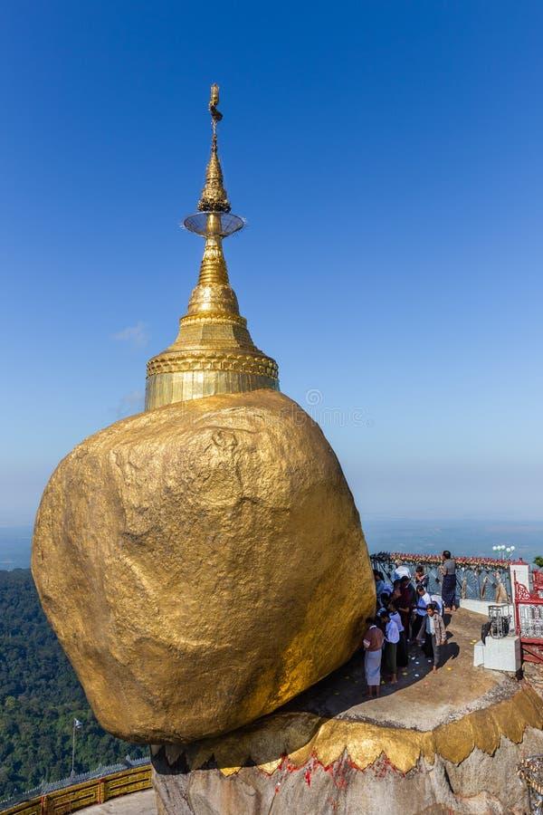 Pilgrimsfärden till guld- vaggar, Myanmar royaltyfria foton