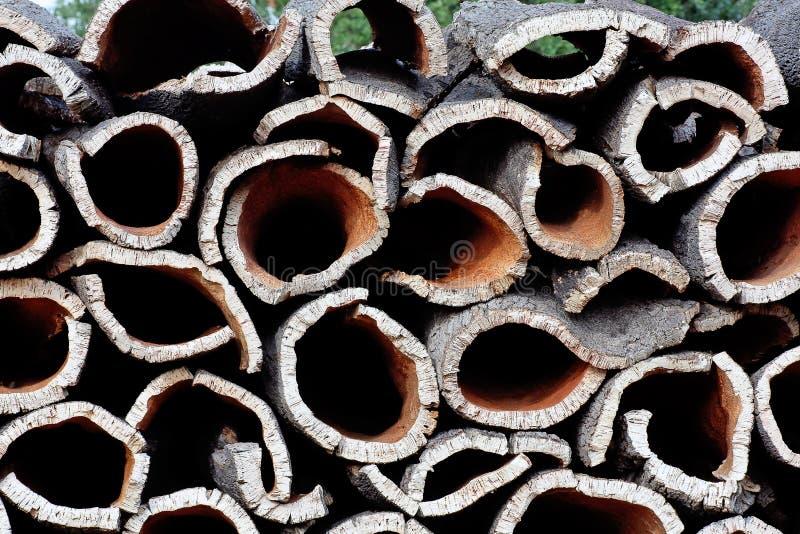 Pilha da casca do carvalho de cortiça imagem de stock