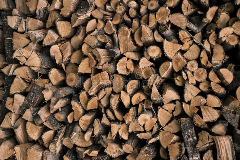 Pilha da lenha, fundo da lenha, pilha dos logs fotografia de stock