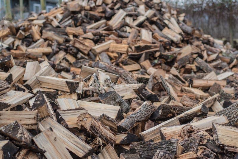 Pilha da madeira do incêndio foto de stock